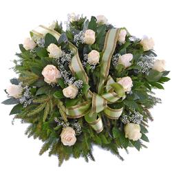 Wieniec pogrzebowy Z jasnych róż Telekwiaciarnia